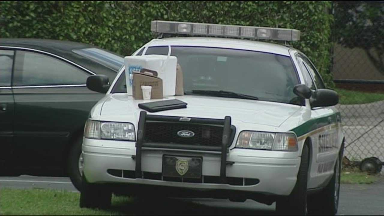 Investigators say Thursday's homicide in Lantana wasn't random.