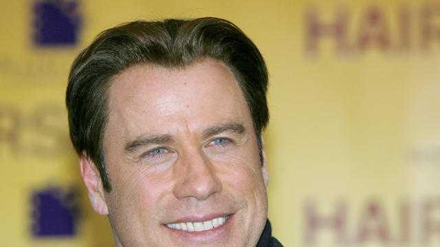 John Travolta to give away movie tickets