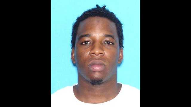 Antwaun Edgecombe is wanted in connection with an armed home invasion in Fort Pierce.