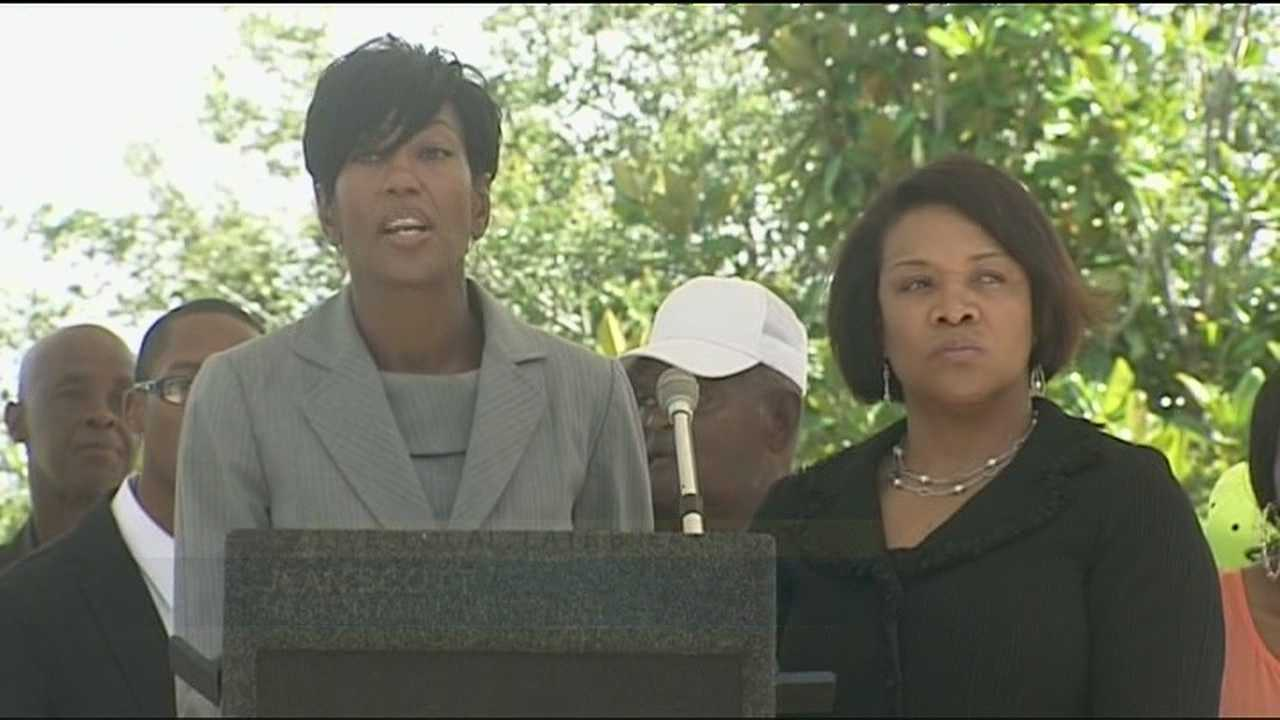Family members of Richard Haston gather with attorney Jean Scott to announce a lawsuit against the Martin County Sheriff's Office.