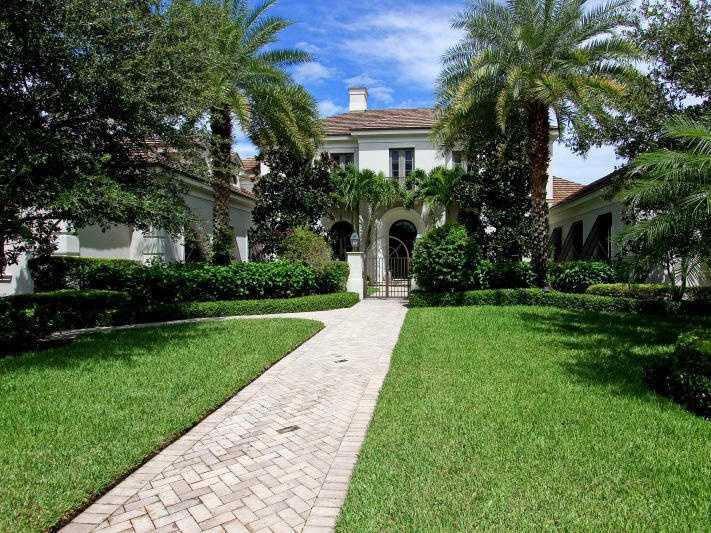 Picture yourself in this $3.5 million Palm Beach Gardens mansion, recently listed on Realtor.com.
