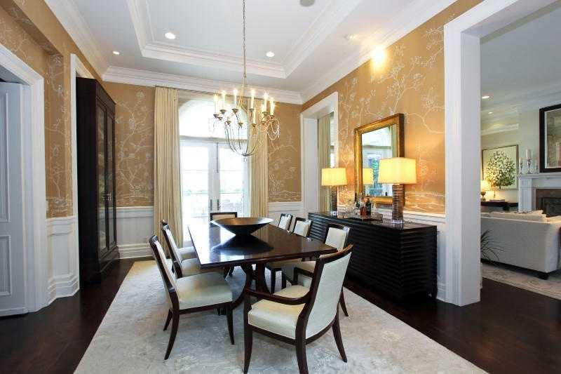 The decor in the formal dining room takes a minimalist approach.