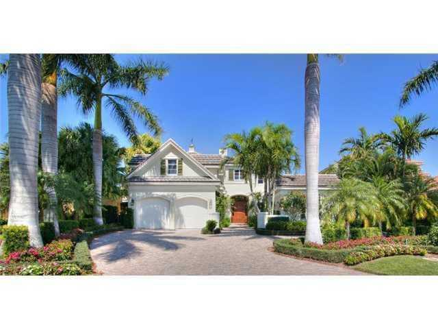 Take a tour of this glamorous four bedroom, 4 bathroom property, just recently listed on Realtor.com.