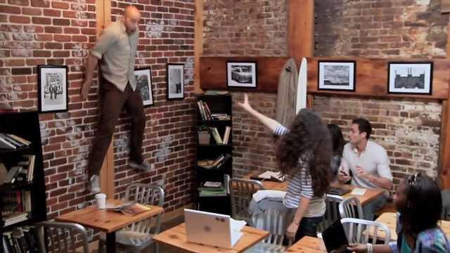 img-Carrie coffee shop prank