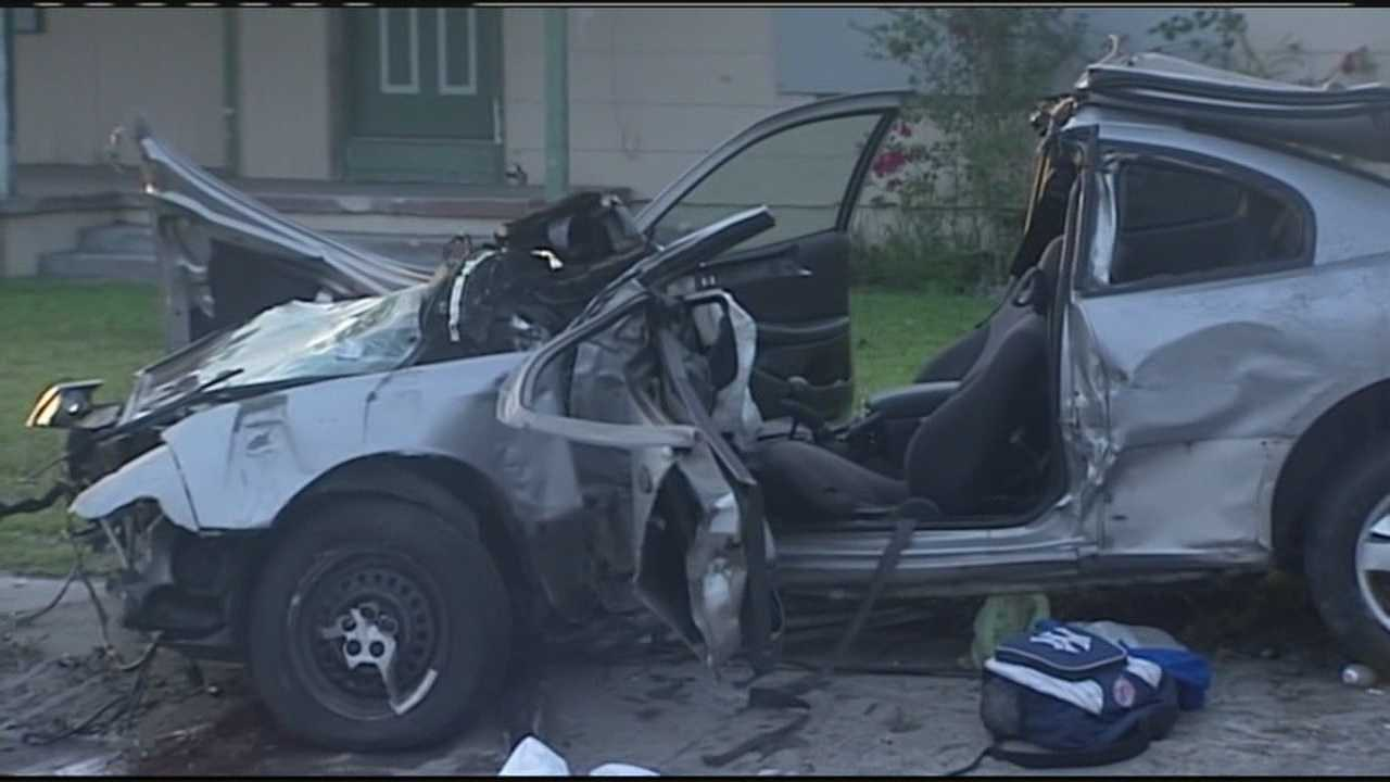 3 teens seriously injured in Fort Pierce crash