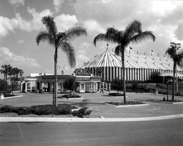 This was a photograph taken at Circus World in Florida in 1979.  Located in Polk County, it used to be owned by the same people who owned Ringling Bros.  The park closed down in 1986.