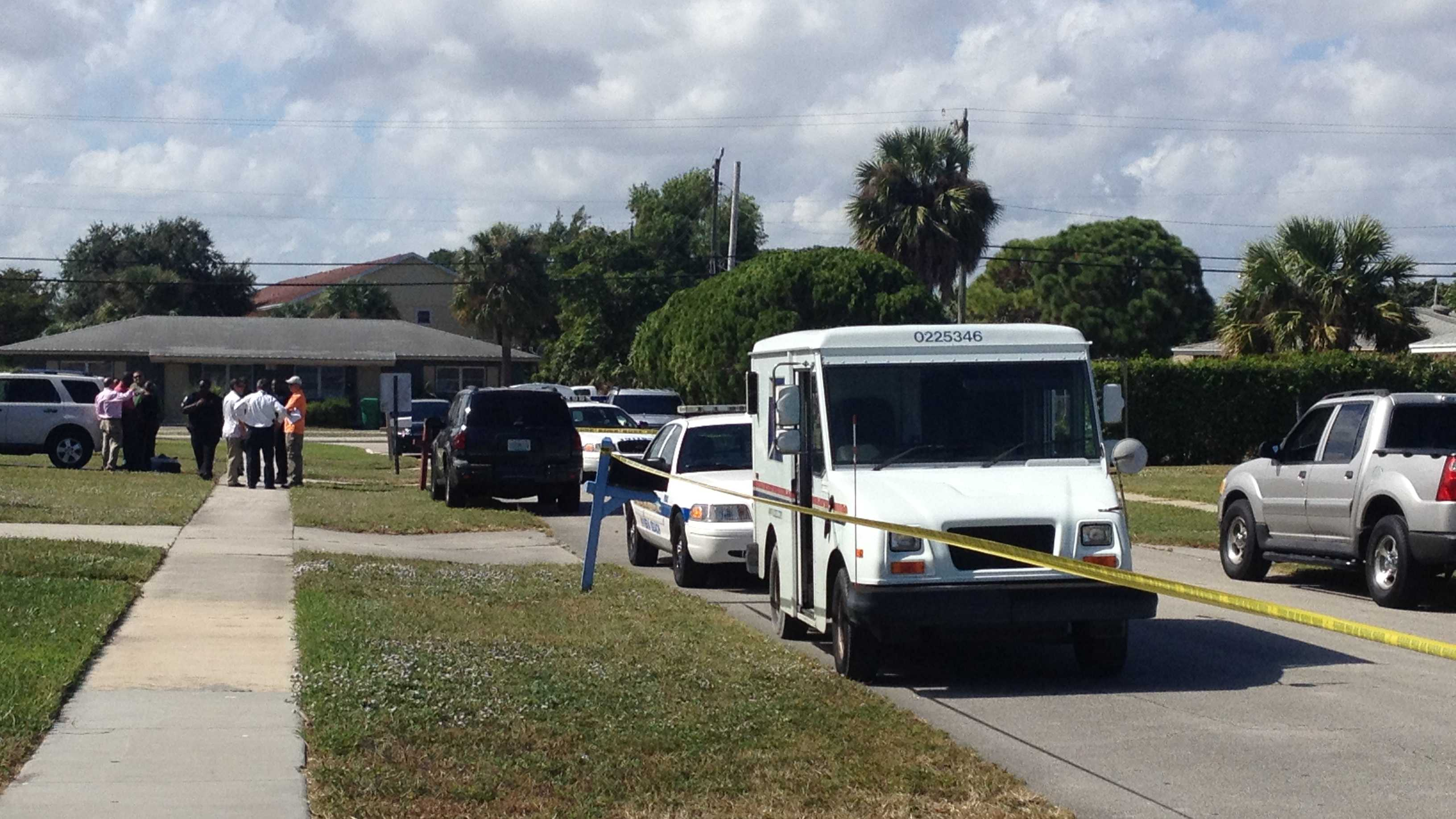 A mailman was pistol-whipped during a robbery attempt in Riviera Beach.