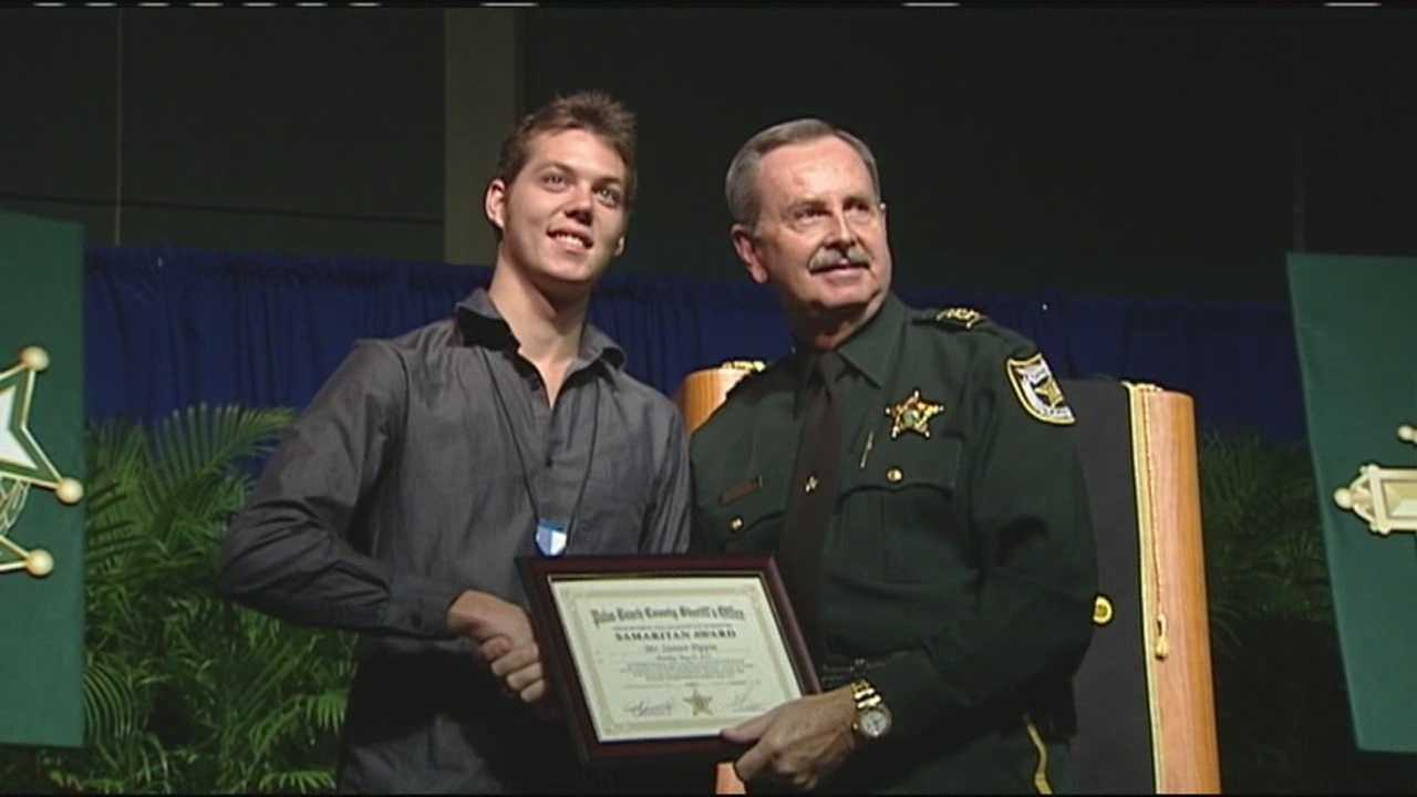 Sheriff Ric Bradshaw calls Steven Pippin a hero for helping to save the life of a deputy.