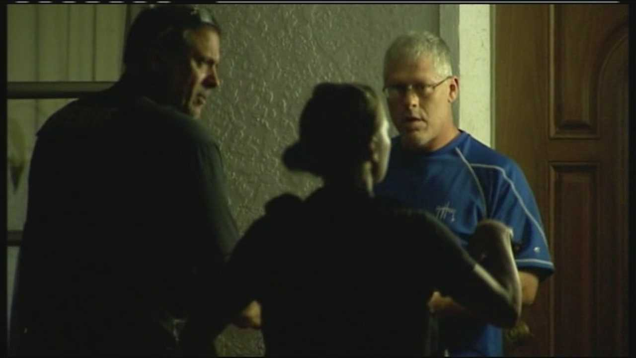 Martin County sheriff's deputies go door-to-door checking on sex offenders