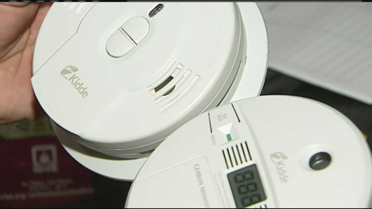 img-Neighbors learn about carbon monoxide safety after fatality