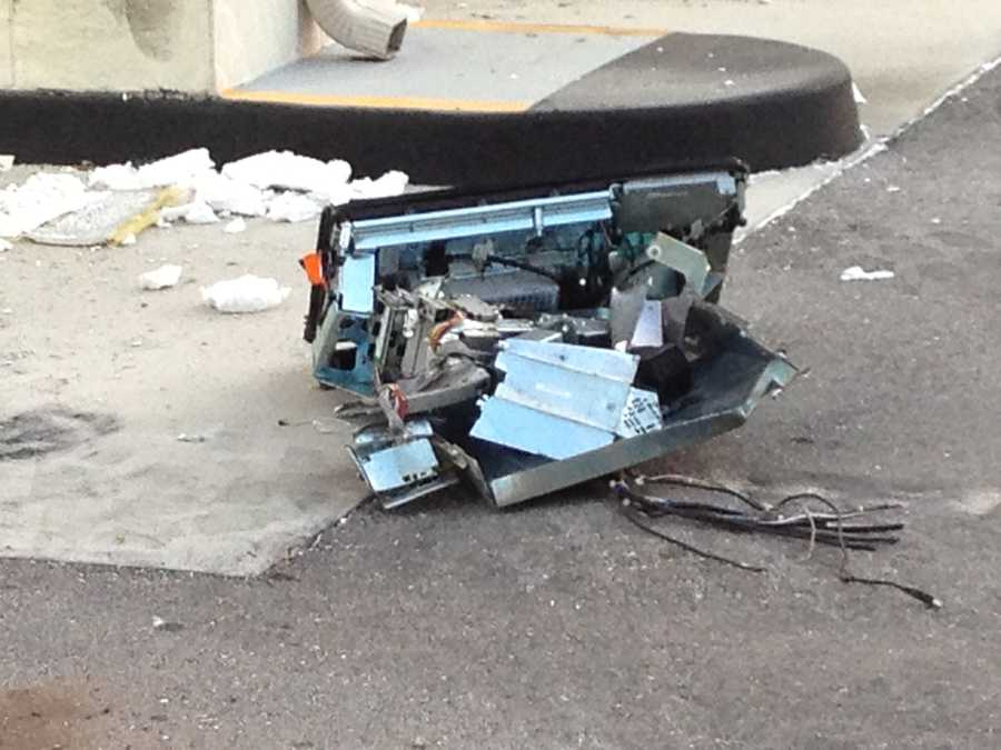Thieves are on the run after a brazen theft attempt of an ATM at a local bank early Tuesday. Take a look at the mess they left behind. (All Photos: Chris McGrath/WPBF)
