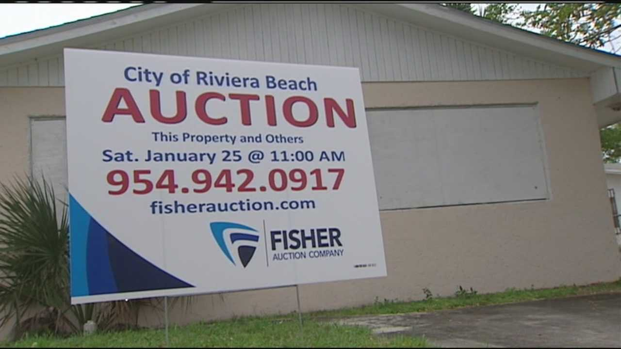 Riviera Beach is hoping to auction off more than 50 abandoned properties to the highest bidder, hoping to attract some families and developers.
