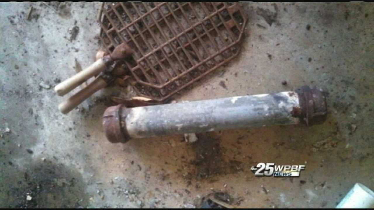 Authorities find what they believe to be a pipe bomb inside an abandoned house that caught fire in Vero Beach.