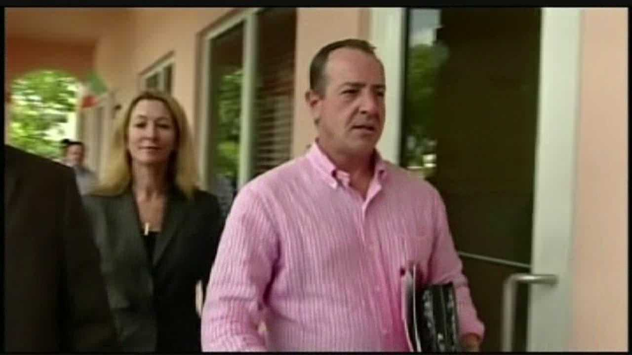 According to a 911 call that WPBF 25 News got ahold of on Tuesday, there's more trouble for Michael Lohan.