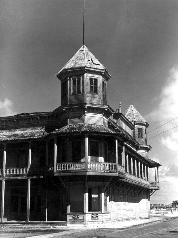 Old abandoned ship building in Key West, Florida. (1948)