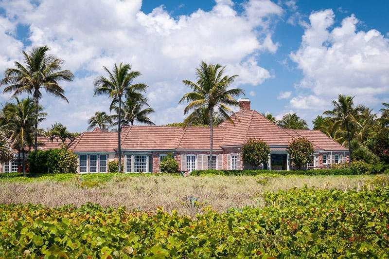 Indulge in the 8 bedrooms and 11 bathroom estate, dubbed The ''Windansea'' by architect in 1937. Begin your tour of this remarkable Palm Beach property.