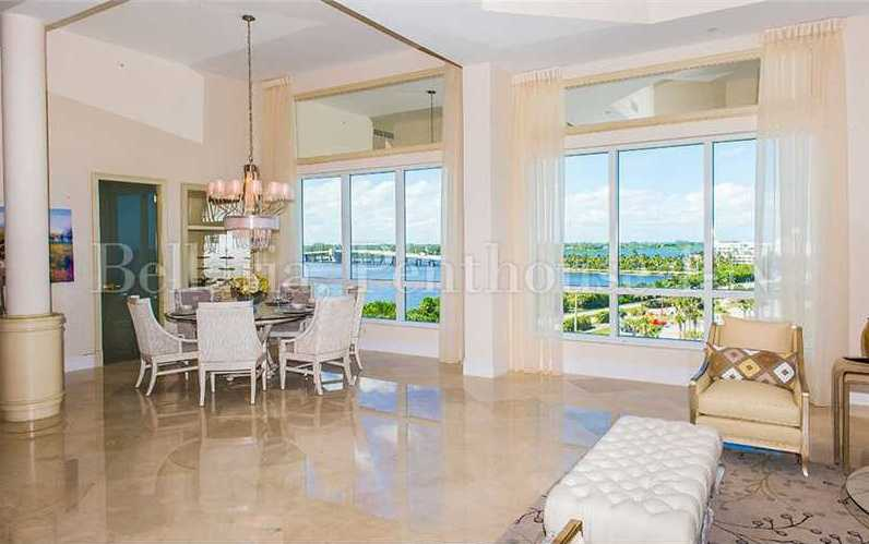 Because the penthouse offers panoramic views, you can enjoy family views while looking out over the ocean.