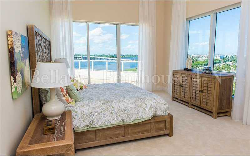 This guest suite also features panoramic views.