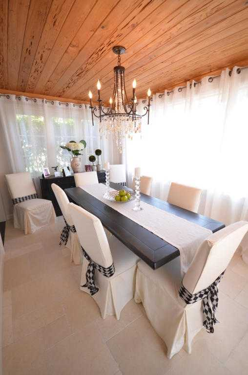 Amazing dining room boasts a panoramic view.