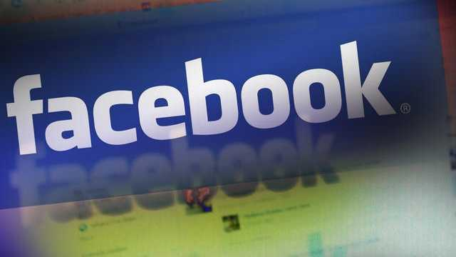 A Boca Raton man faces contempt of court charges for Facebook posts he made while serving as a juror.