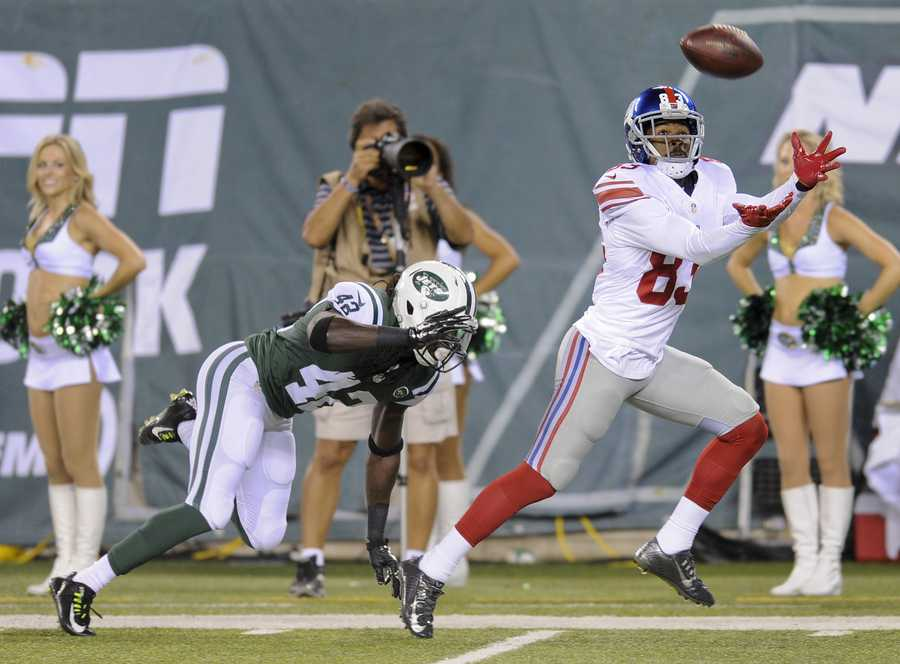 Preston Parker going for a touchdown with the New York Giants.