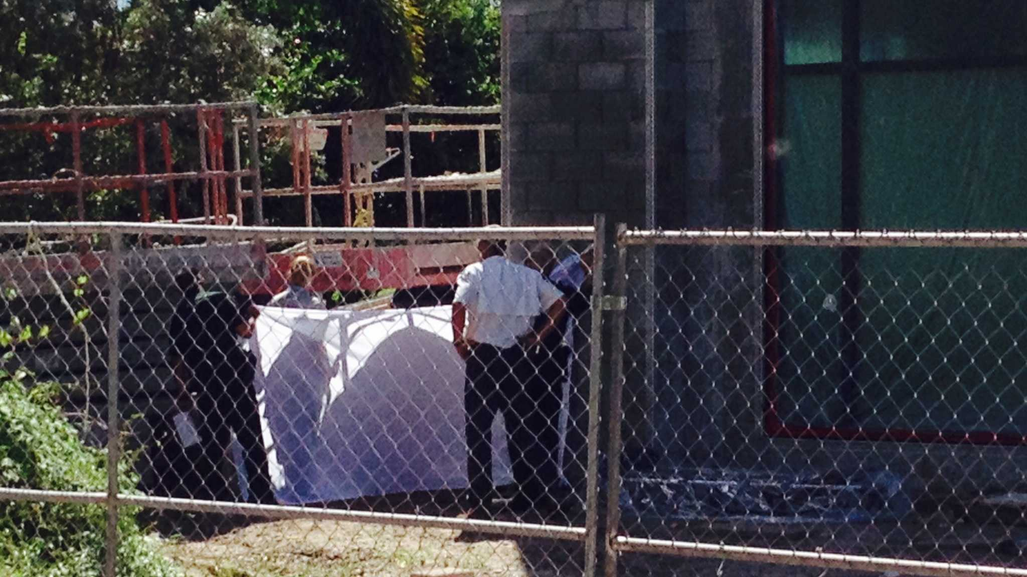 Deputies investigate body found at Boynton Beach construction site.