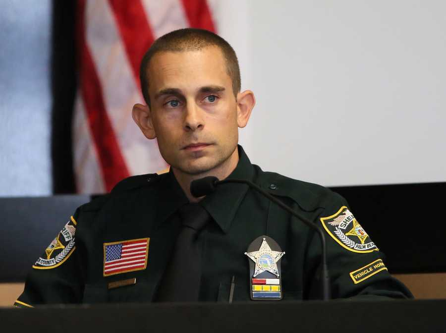 Robert Stephan, a traffic homicide investigator with PBSO, testifies on the fifth day of John Goodman's retrial Thursday, October 16, 2014. Goodman is charged with DUI manslaughter in the death of Scott Wilson. (Lannis Waters / The Palm Beach Post)
