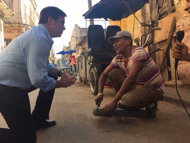 WPBF's Todd McDermott interviews pedicab taxi driver.