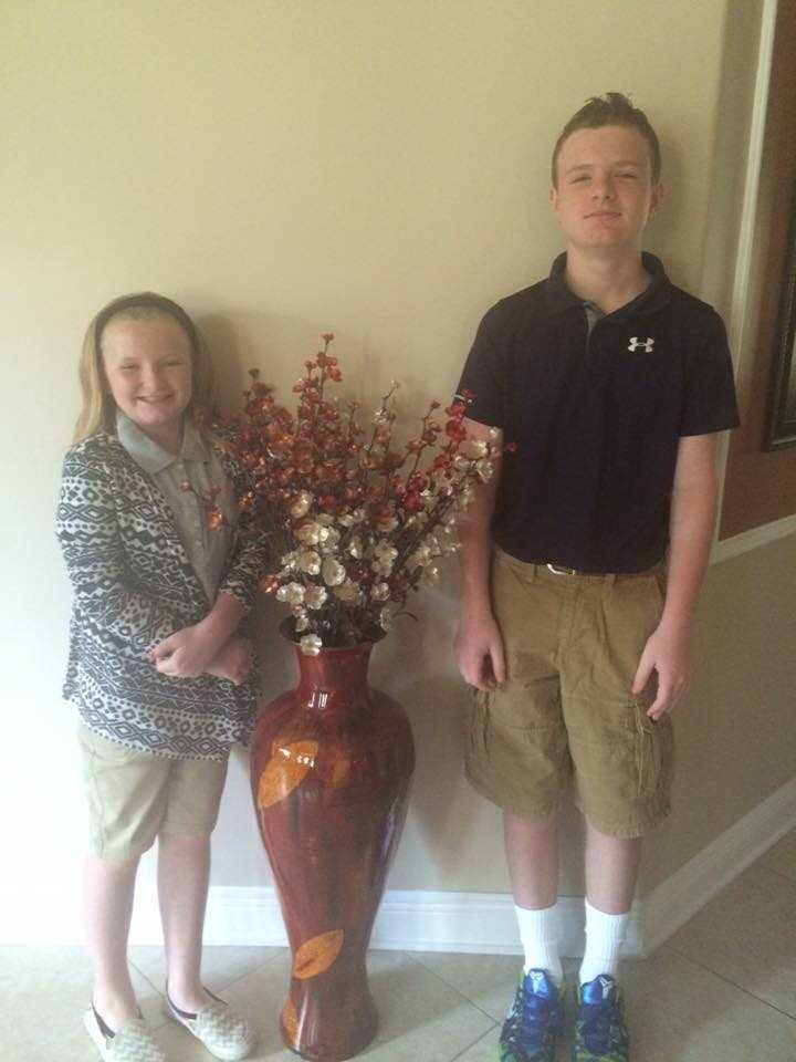 And they are off Happy First day.... To all the moms too.