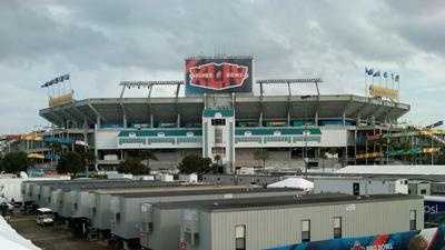 Sun Life Stadium hosts Super Bowl XLIV - 22478107