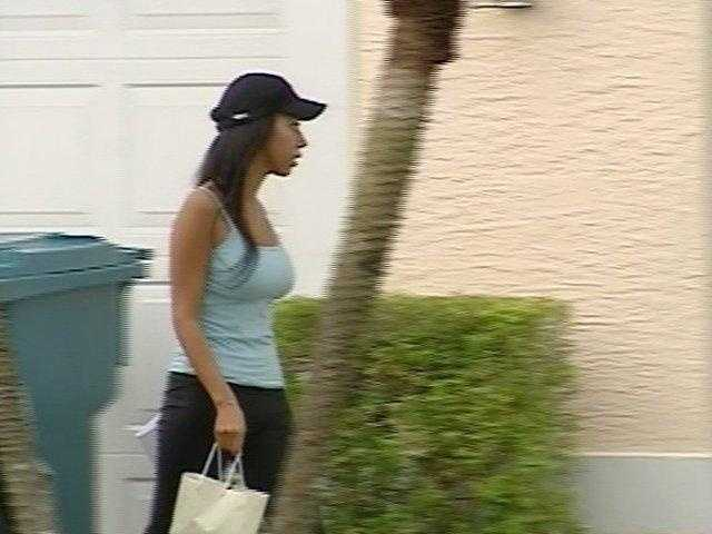 August 2009: Dalia Dippolito enters her mother's house after being released from jail on $25,000 bond.