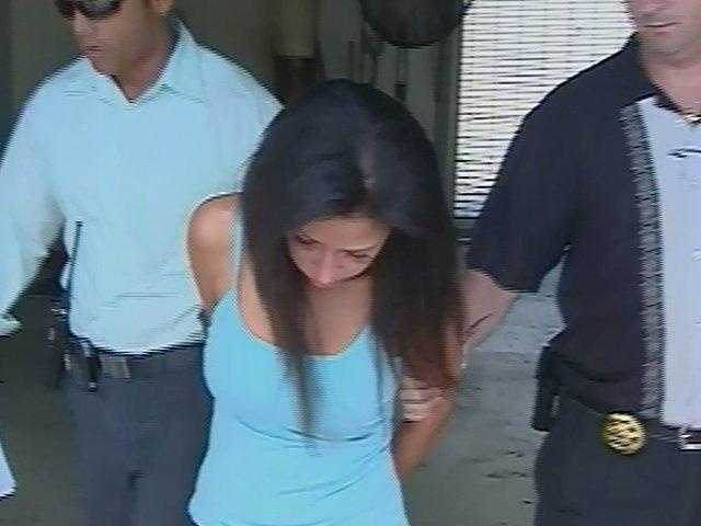 August 2009: Dalia Dippolito is accused of hiring an undercover officer whom she thought was a hit man to kill her husband.