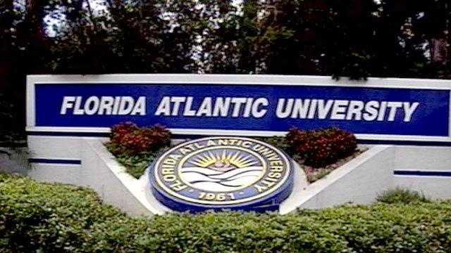 Florida Atlantic University sign - 18872173