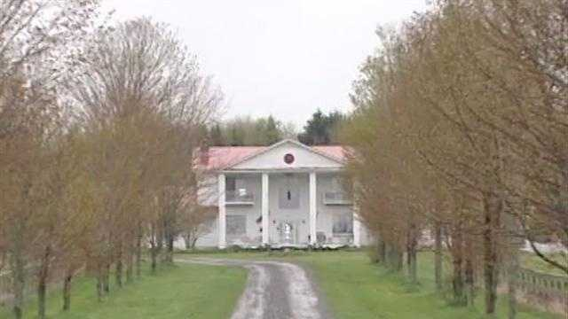 A home in Hardwick, Vermont is being auctioned by the U.S. Marshal Service.