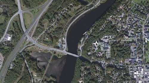 This image from Bing Maps shows the Vermont-New Hampshire border above the Connecticut River near Norwich, Vt. A 1935 decision ruled the boundary between the two states is the high-water mark on the Vermont side of the river.