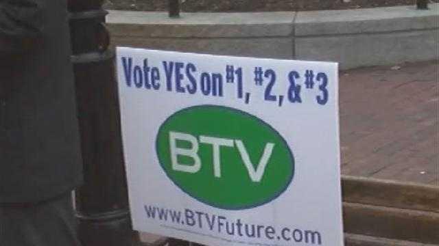 110312 Burlington mayor discusses bond issue  - img