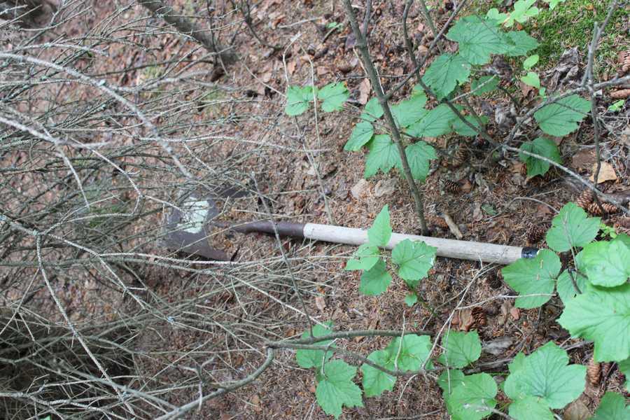 A shovel was found near a cache buried in Alaska.