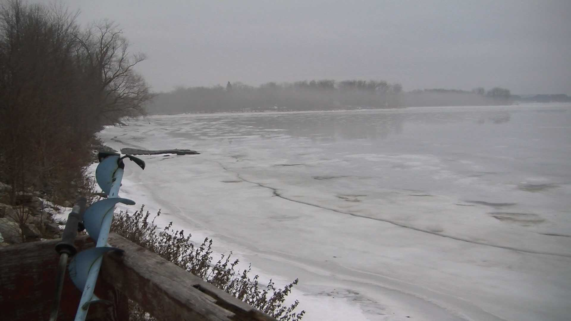 011313 5 fall through ice on Lake Champlain - img
