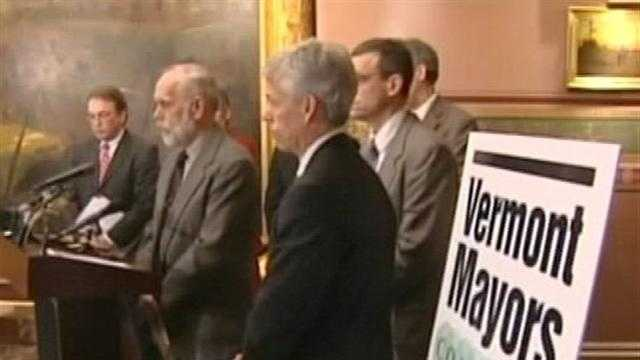 Vt. mayors collectively press concerns at state capital