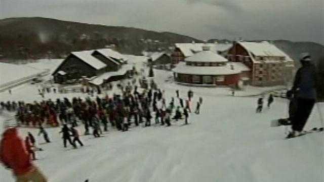 020913 Ski resorts cheer major snowfall - img