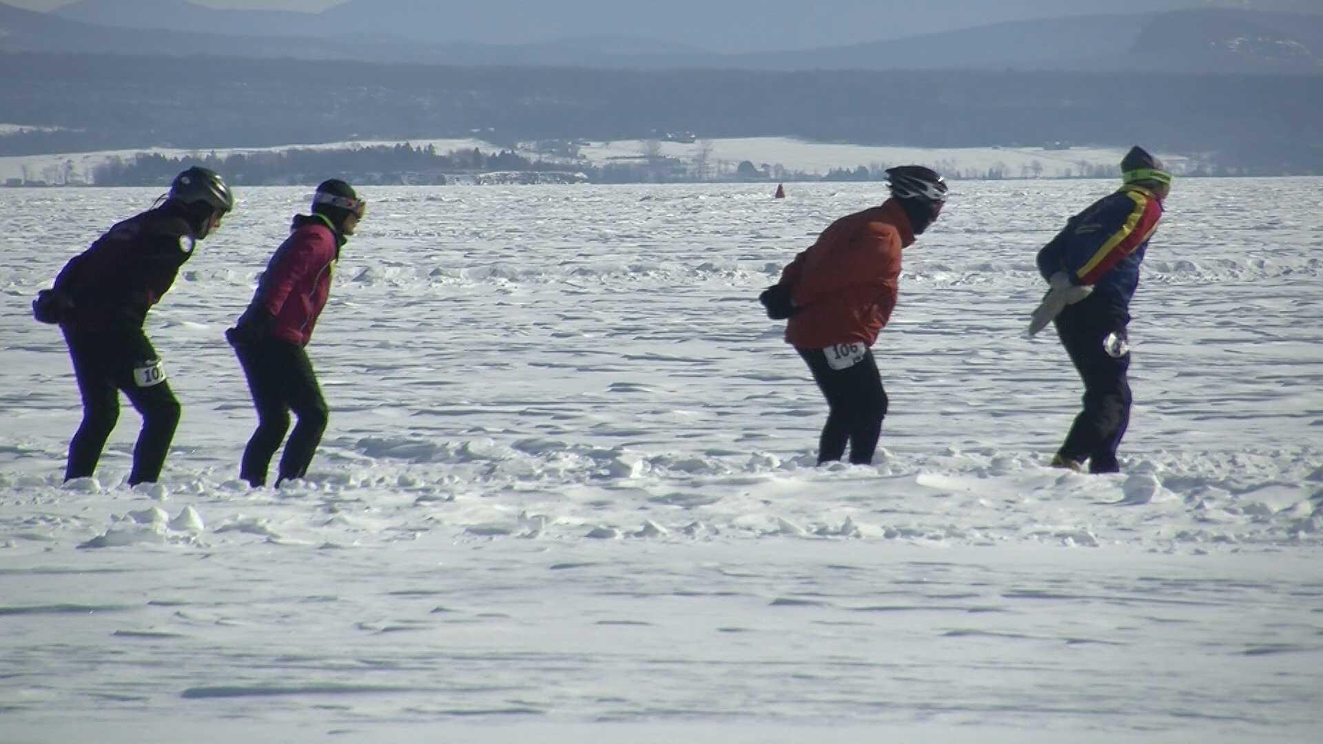 021013 Skaters take to frozen Lake Champlain - img