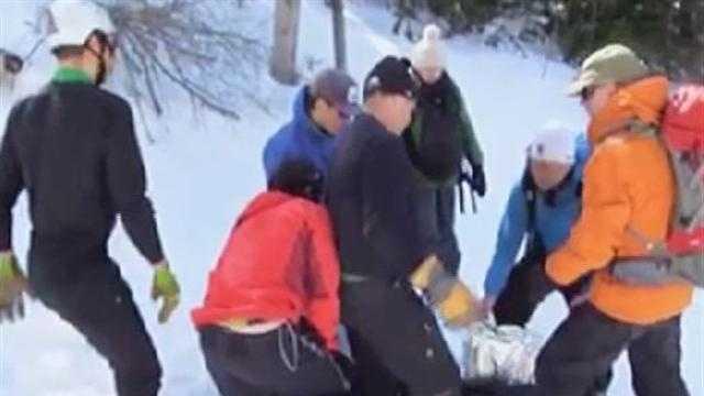040313 UVM Ski rescue- img