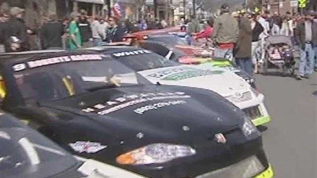 042713 Barre Car Show- img