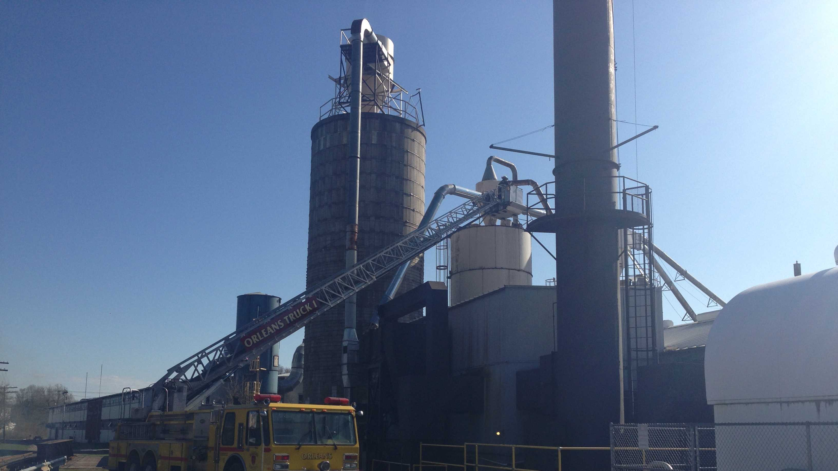 About 400 employees at Vermont's Ethan Allen plant have the day off after a fire damaged two sawdust silos at the furniture manufacturer.