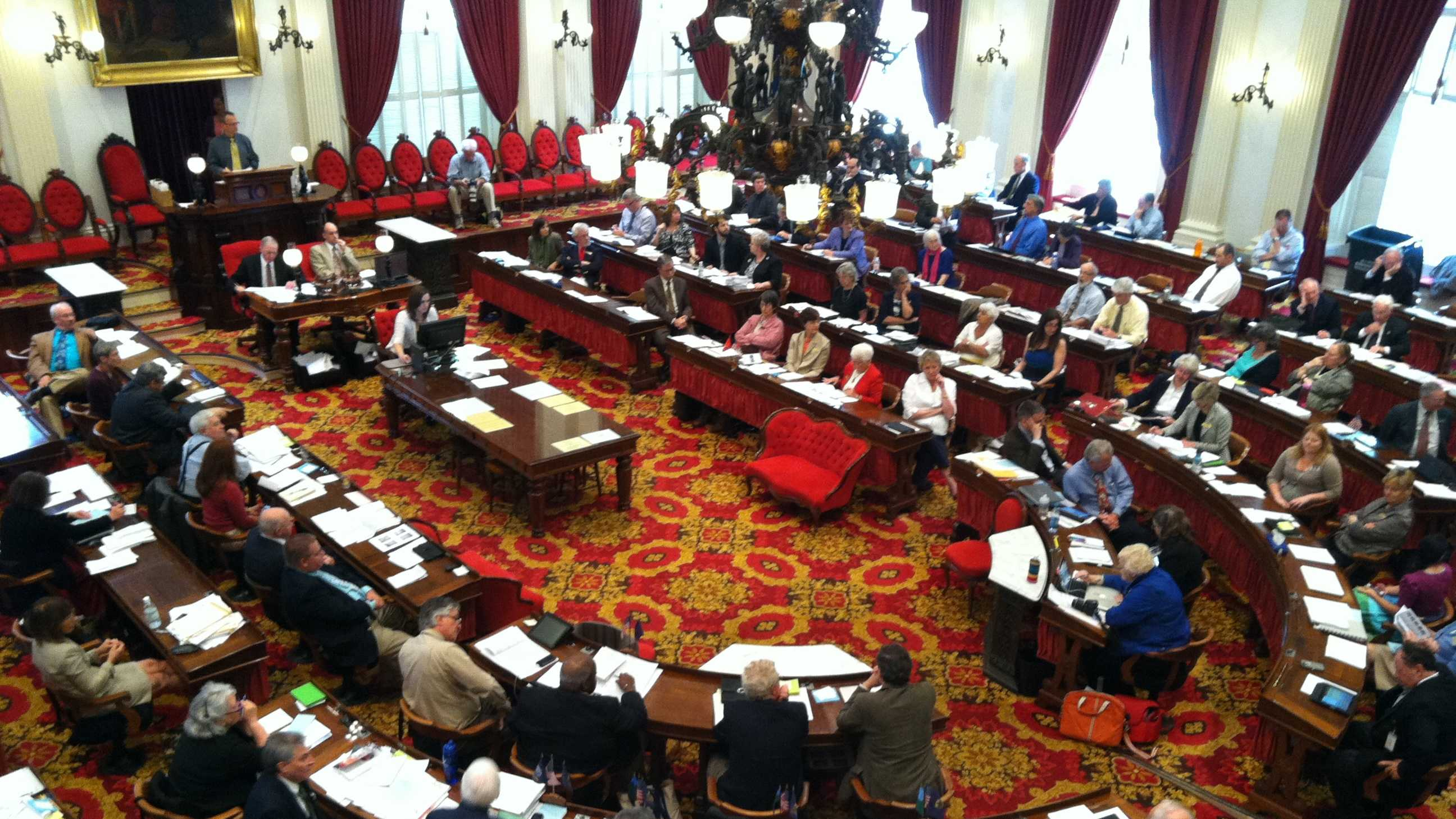 05-10-13 Vt. House approves GMO labeling bill - img