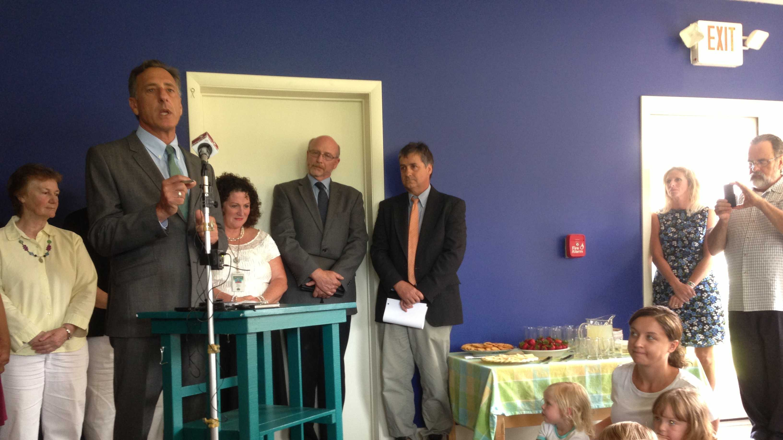 Gov. Shumlin speaks to reporters - and preschool kids - in Williston Wednesday.