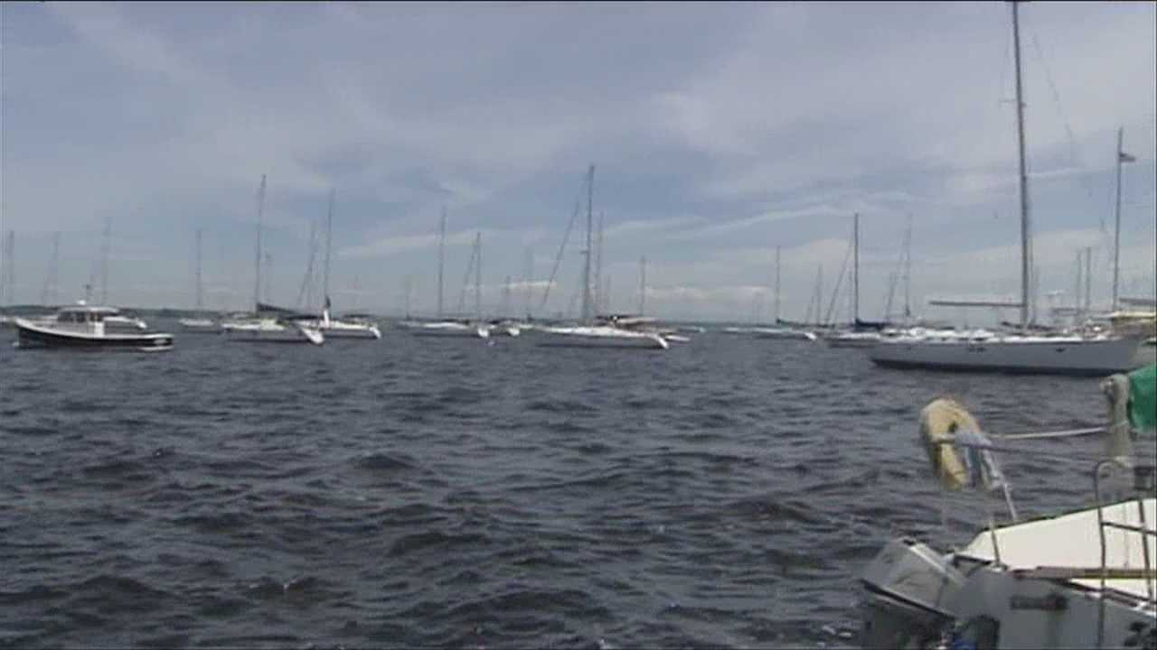Busy boating weekend prompts safety concerns