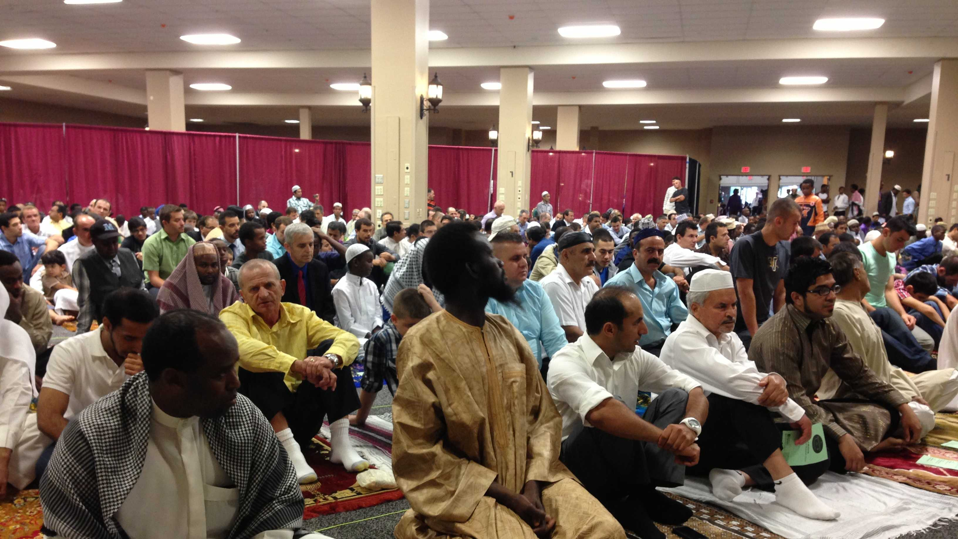 Two thousand Vermont Muslims crowd into the Sheraton Hotel Conference Center Thursday morning for a prayer service.
