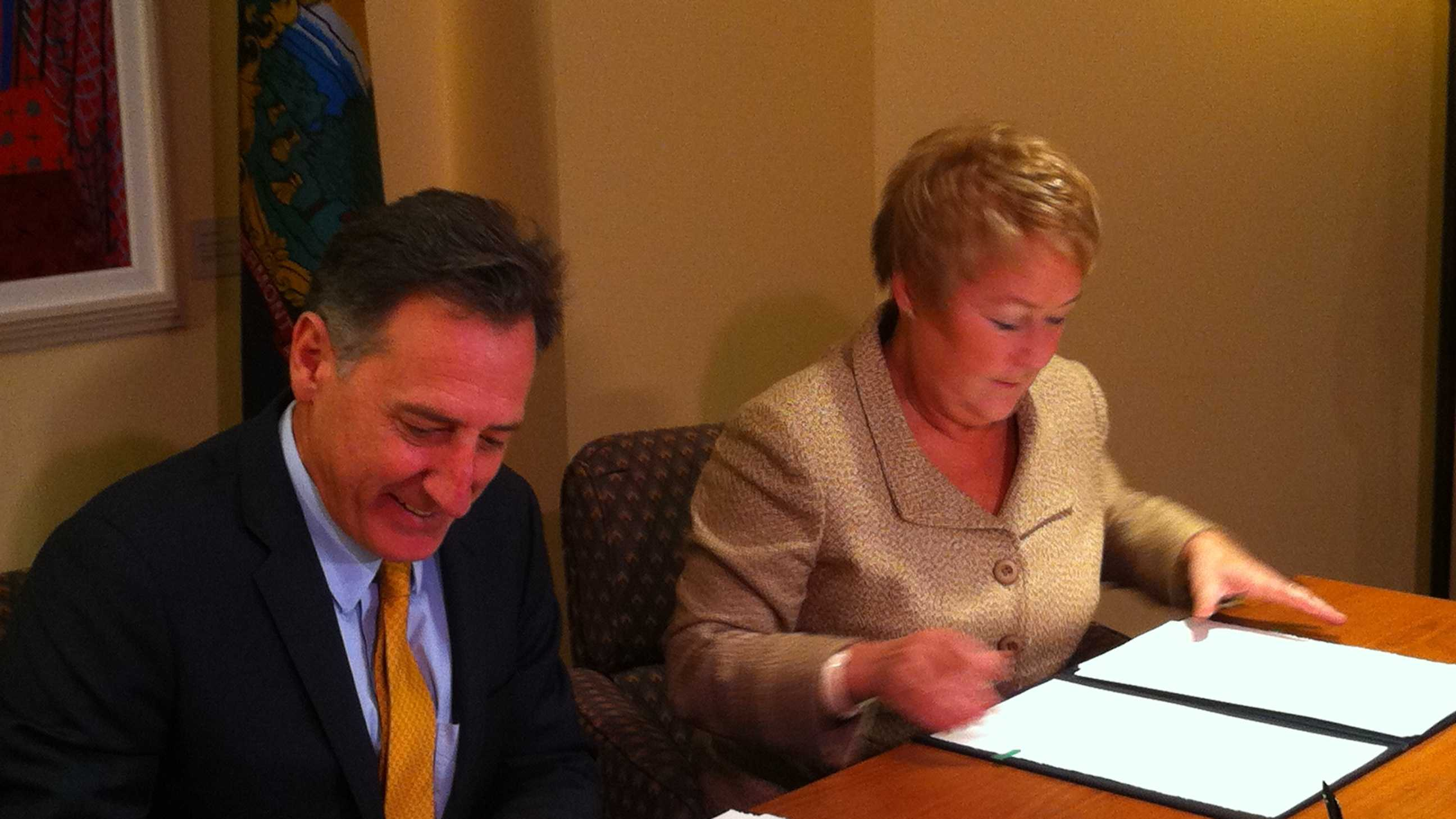 File photo of Gov. Peter Shumlin and Premier Pauline Marois in Montreal in early 2013.