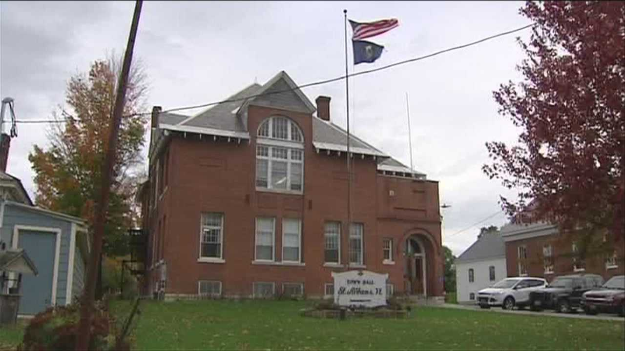 10-22-13 St Albans town considers next law enforcement contract - img